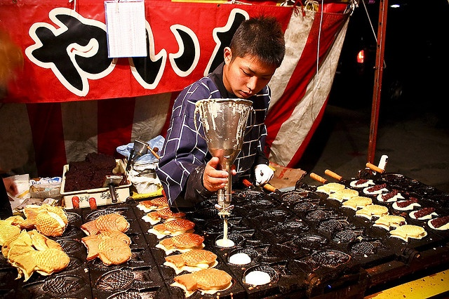 Taiyaki, Japan (waffle/pancake)