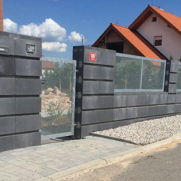 Plot z tahokovu - realizace Uherské Hradiště