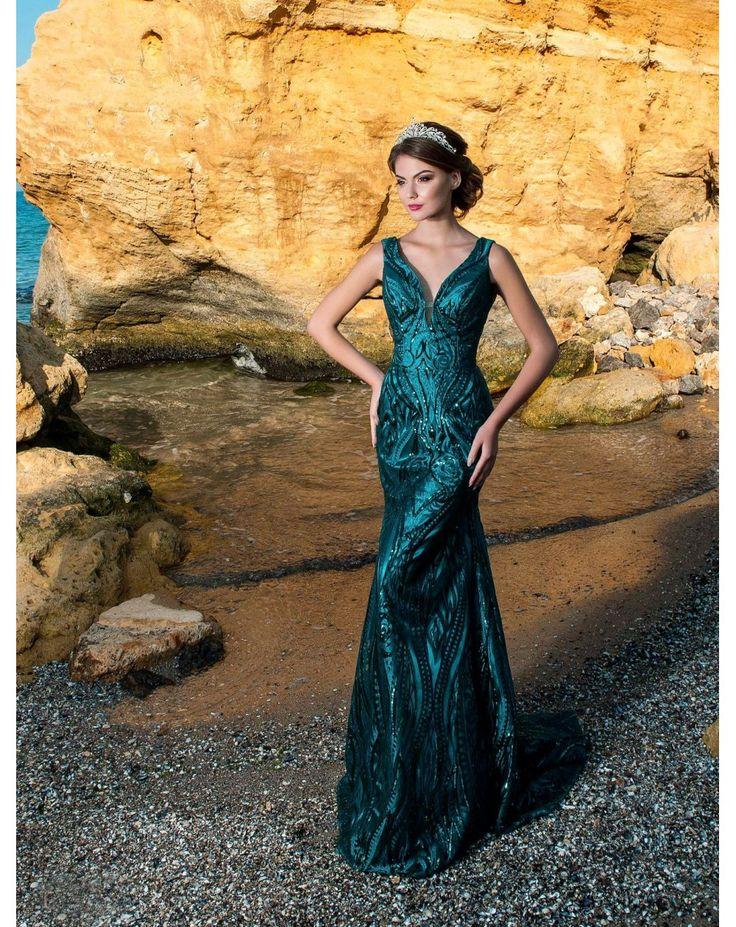 Dlhé sexi priliehavé luxusné spoločenké šaty ALICIA