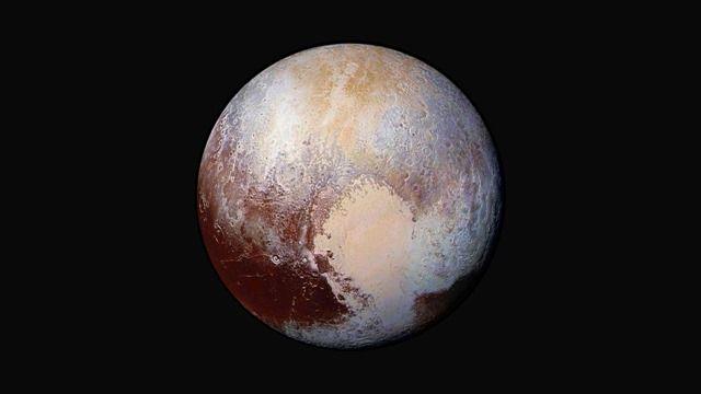 Vidéo : comme atterrir sur la surface de Pluton mais cette fois-ci en couleur !