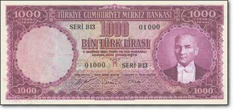 Sene 1952, İnönü bitti, Atatürk, paralara döndü. Artık yavaş yavaş kendi paramızı bile basmaya başladık. 1 Lira tedavülden kalktı. 1.000 TL hala kral.