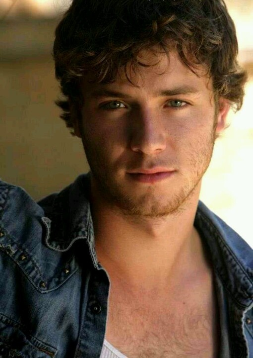 23 Best Images About Jeremy Sumpter On Pinterest Puppys