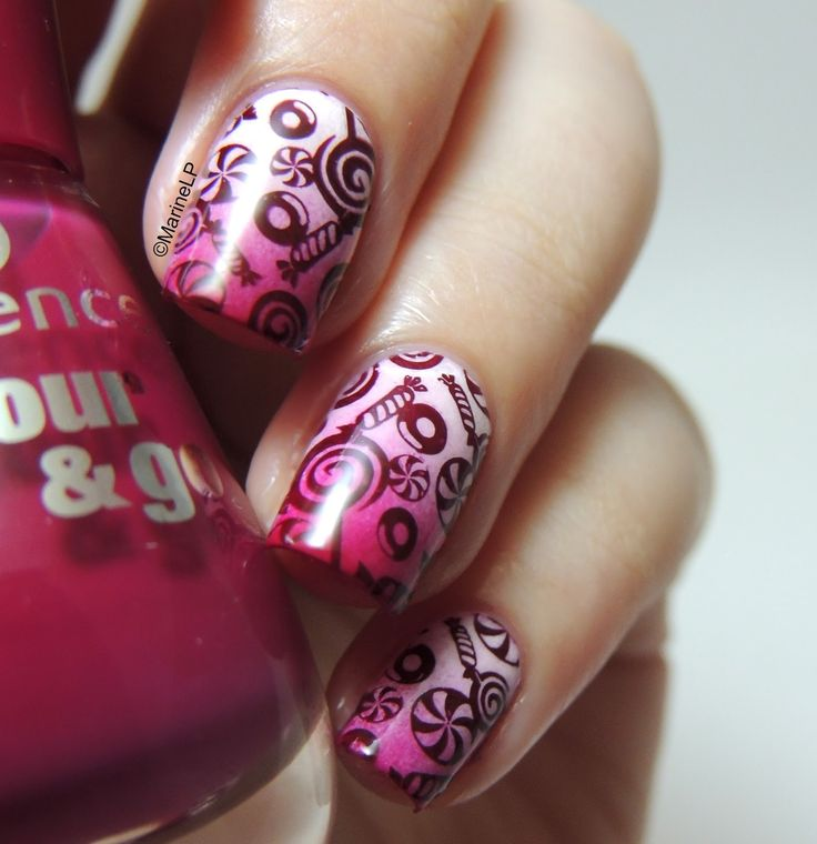 Nailstorming - Candy (Crush) - nails - nailart - stamping - BM-306 - Bundle Monster - sweets - candies - gradient - yummy