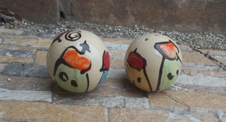 "Salz und Pfefferstreuer ""Kugel""    in  Keramik als Set  in colorido"