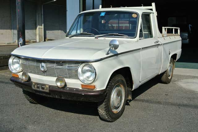 This 1968 Mazda Familia pick-up is a model never sold Stateside. If we're reading the somewhat awkwardly translated Japanese advertisement correctly, the truck sounds to be a one previous owner vehicle originally used as a family camper and then parked for an extended period of time. Find it he