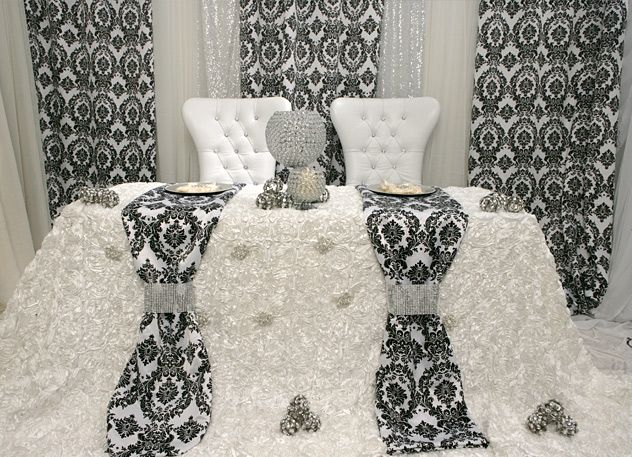 Head Table I Like The Cake Behind The Head Table So You: 630 Best Images About Sweetheart Table On Pinterest