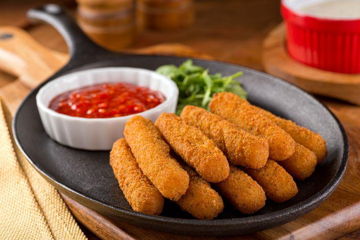 Pinaatista valmistetut mozzarellatikut ovat terveellisempi vaihtoehto herkuttelijalle