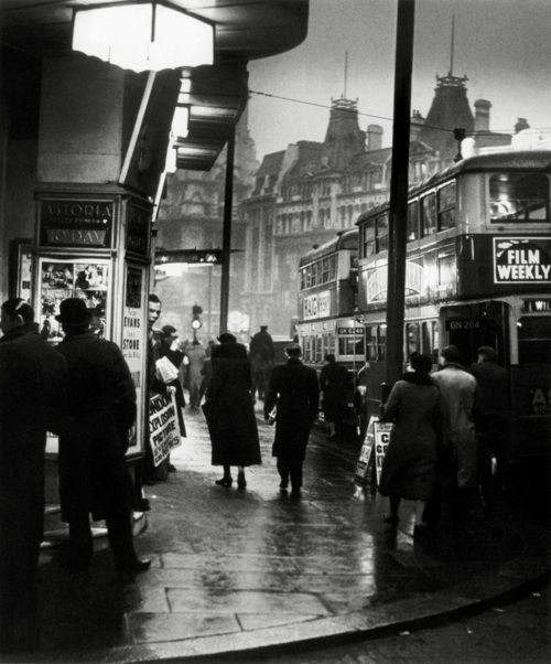 st. giles circus, charing cross road, 1937 photo by wolf suschitzky, from london street photography 1860-2010