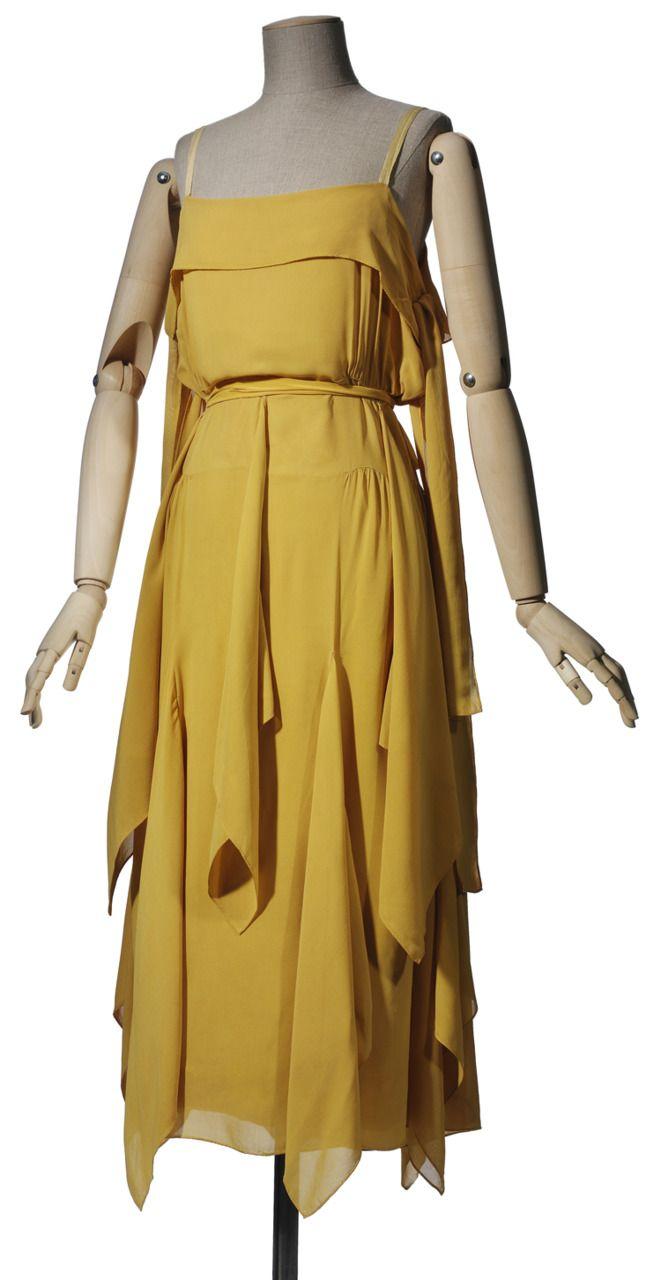 A lovely summer evening dress by Vionnet, circa 1920.