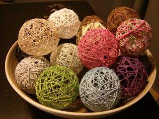 la abeja obrera: Bolas de navidad con lanas