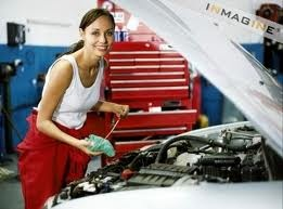 Auto Mechanic School is for GIRLS TOO!