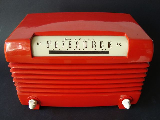 Bakelite Radio ca. 1949 from MarkAmsterdam on Flickr