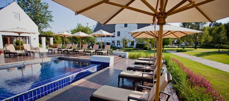 Sparkling lap pool at Kievits Kroon