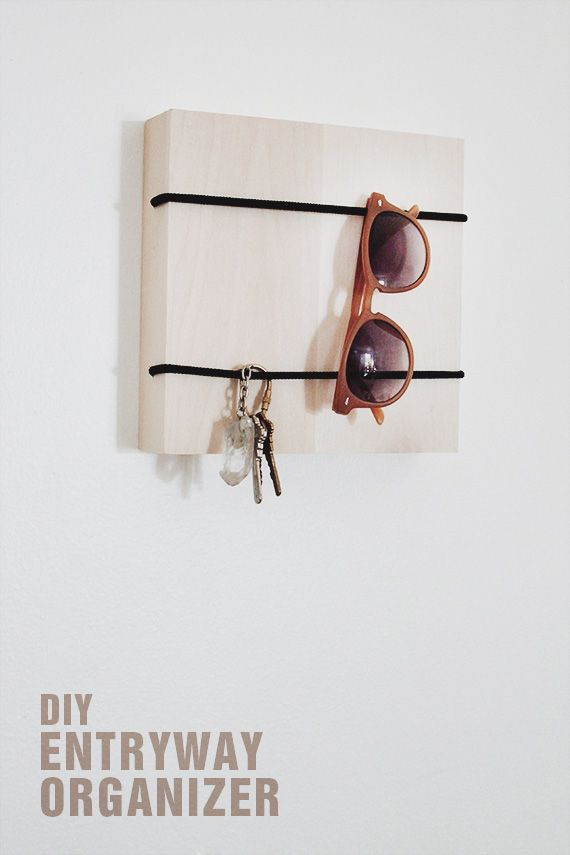 diy entryway organizer | I could use this idea as an addition to my existing entryway organizer! 10 minutes fix, tops! Doing it as soon as I get home!