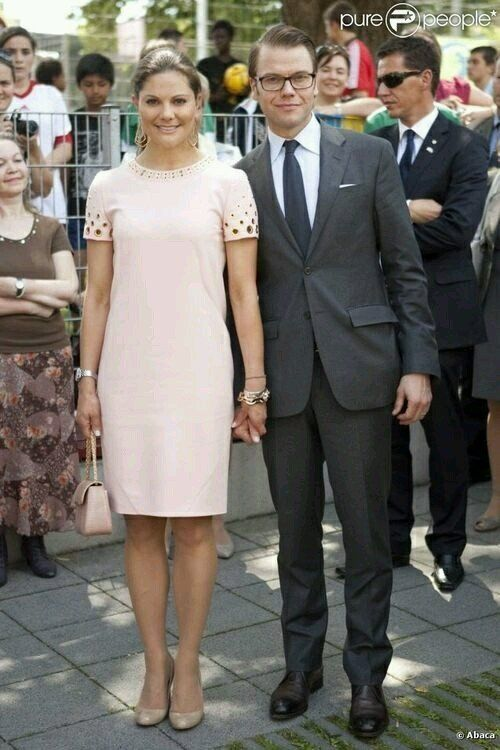 Royalty Fashions Favourite Outfits From Crown Princess Victoria Here With Prince Daniel