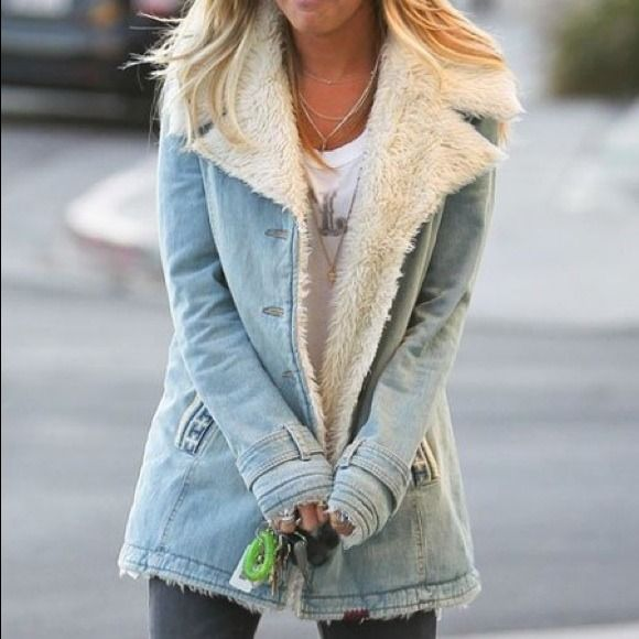 Free People faux Sherpa & Denim jacket! Perfect wash, cut and length!