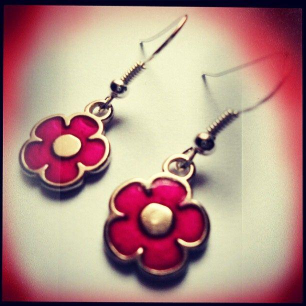 Aretes Flores Rosadas https://www.facebook.com/AccesoriosUv