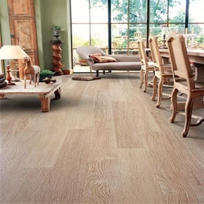 Karn dean Quickstep Perspective White Varnished Oak UF915 Laminate Flooring