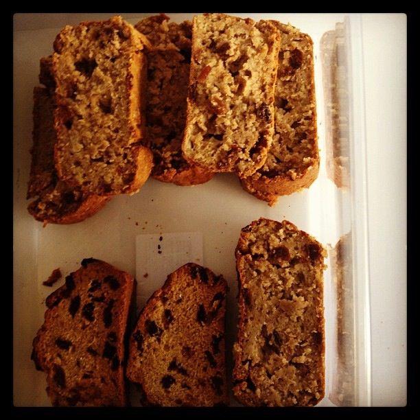 Oaty apple loaf