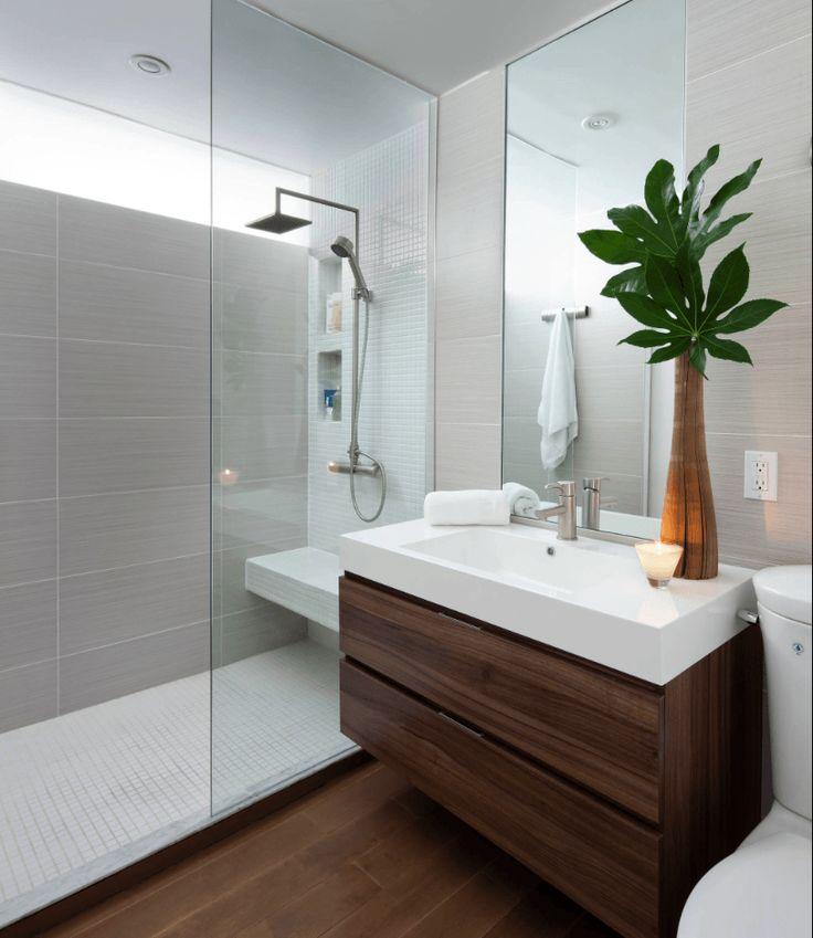 Confira mais de 65 fotos de banheiros modernos, veja o que é tendência na decoração de banheiros modernos pequenos e grandes, banheiros simples e de luxo.                                                                                                                                                     Mais