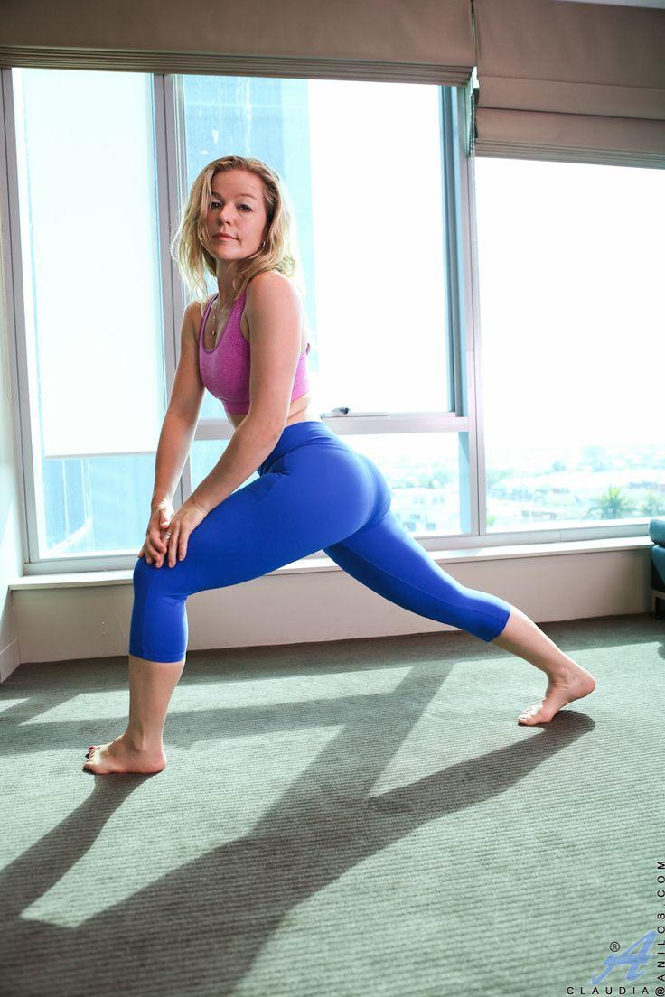 Yoga Mom | Yoga mom, Style, Fashion