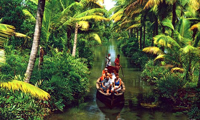 backwater tourism in kerala, india