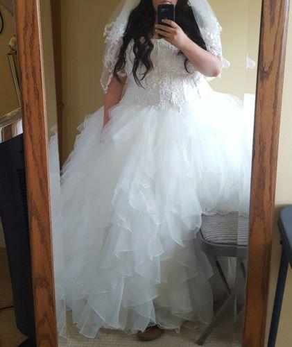 The 632.0+ best size 14+ brides images on Pinterest | Size 14 ...