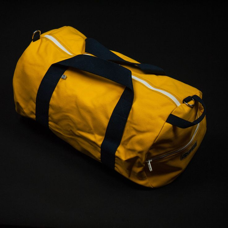 Shop The Lodge For Mens Travel Bags Our Hudson Sutler Oahu Commuter Duffle Is A Great Bag Business Or Shorter Trips