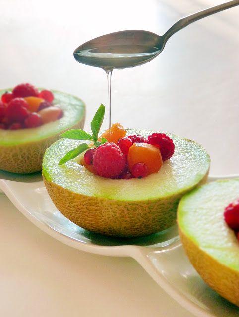 Candy's: Gyümölcssaláta bazsalikomsziruppal