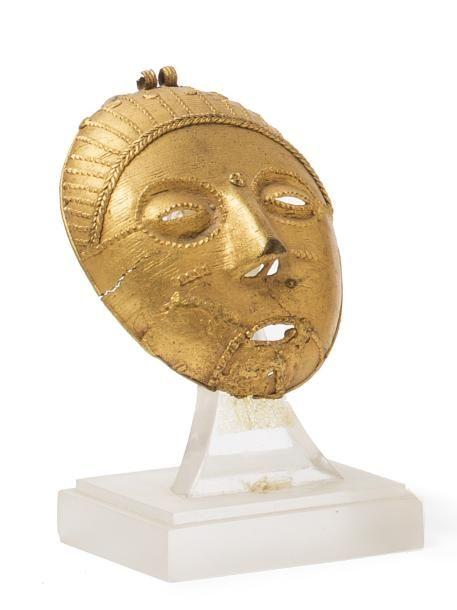 Or fétiche, fonte à la cire perdue (2 bélières de suspension).   Akan, Baoulé, République de Côte d'Ivoire  9,5 x 9 cm // Euro 2'340 ~ sold June '17