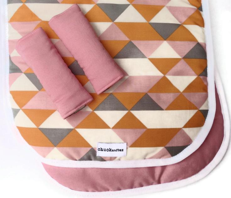 Reversible Pram/Stroller Liner Geometric Triangles Pink
