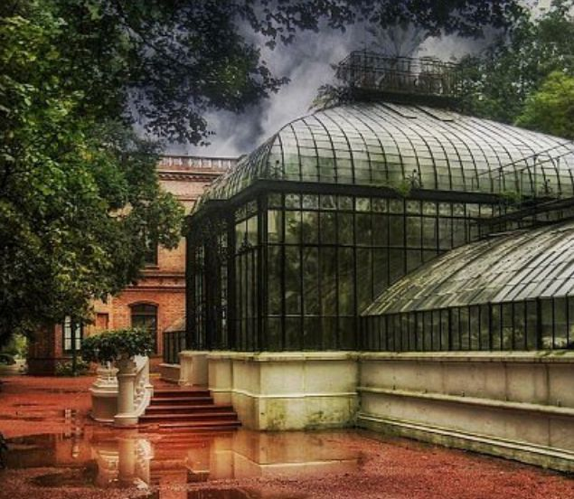 Argentinian Art Deco greenhouse, prize-winner at Paris 1889, now at Buenos Aires Botanical Garden