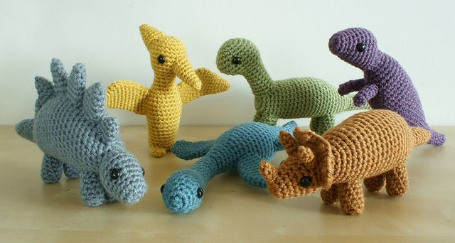 All sizes | crocheted dinosaurs sets 1 and 2 | Flickr - Photo Sharing!