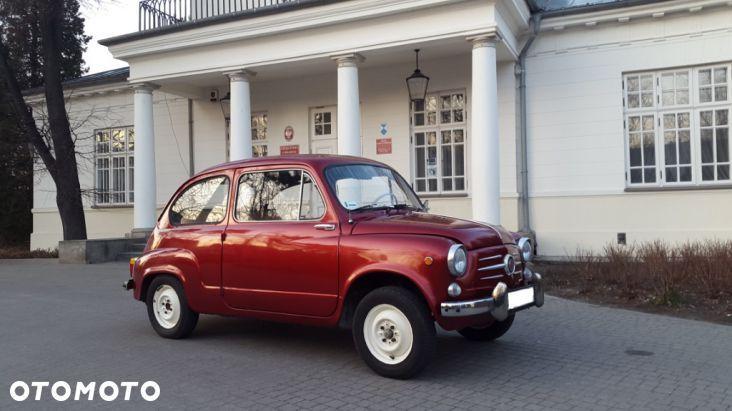 14 500 PLN: Sprzedam starą ZASTAVE 750 z 1967r. tzw. kurołapkę :-).  Samochód w pełni sprawny, zarejestrowany z aktualnym badaniem technicznym do 18.08.2016 oraz OC. Wewnątrz bardzo ładna tapicerka alcantara z c...