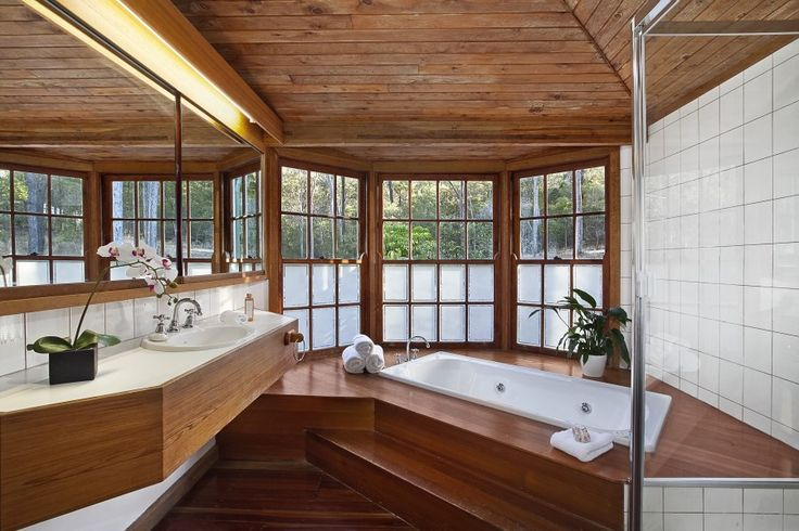 Camp Mountain Queenslander Bathroom to die for!
