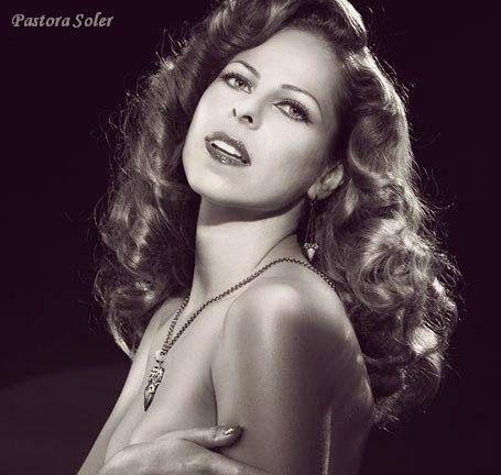Cantantes de todos los Tiempos: Pastora Soler - Biografía
