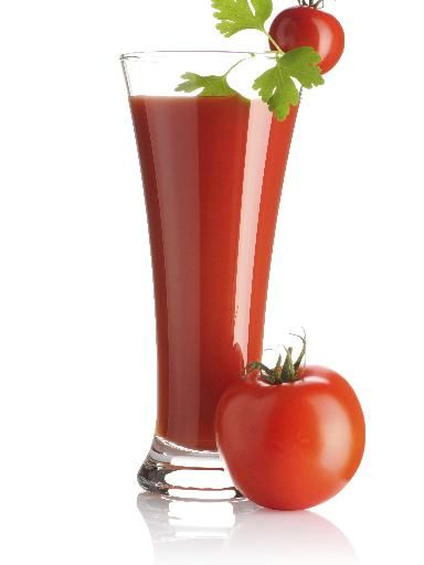 Bloody Mary : Vodka - Jus de tomate - Tabasco - jus de citron - sel au céleris