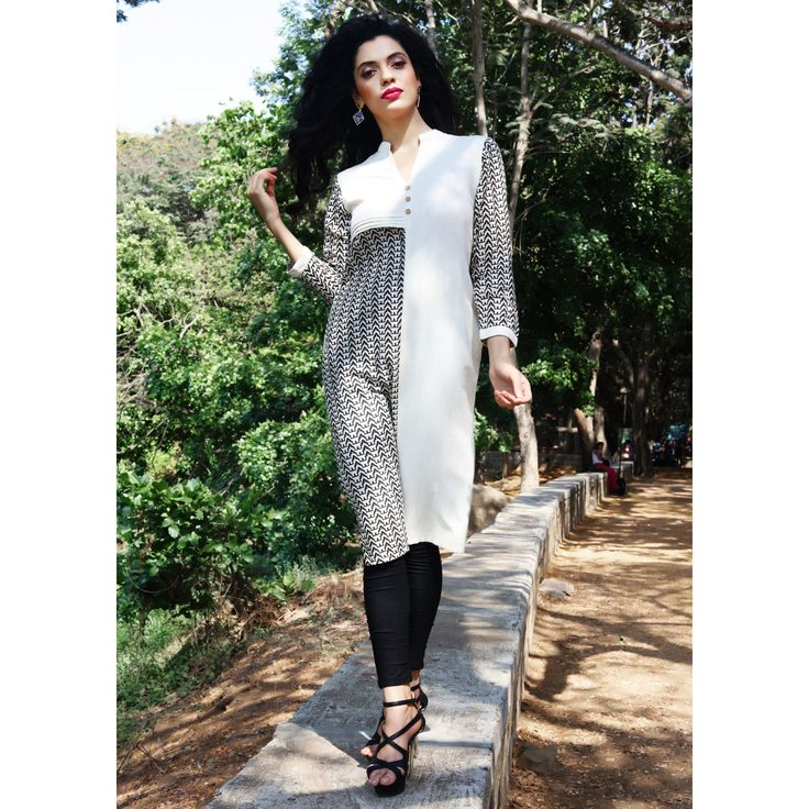 New Arrival Black-White Fluidic Linen Fancy Readymade Indo-Western Kurti. Buy Now :- http://goo.gl/Y9wgII To Order you Call or Whatsapp us on +91-95121-50402. COD & Free Shipping Available only in India.