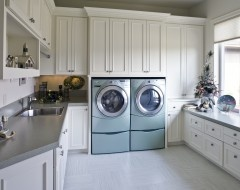 incredible laundry room!