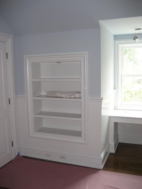 Great built in idea shelves between studs and behind a for Built in bedroom storage ideas