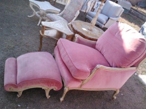 Swoon  Velvet Pink Chair CL Http://bakersfield.craigslist.org/