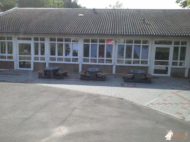Picknickset DeLuxe Antraciet Ovaal bij Annette von Droste-Hülshoff-Gymnasium in Düsseldorf