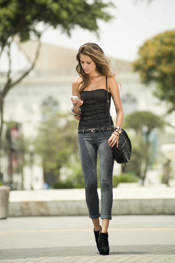 Top Moulin de Cyzone - Súper sexy y femenino. www.cyzone.com #PrimerasVecesByCyzone