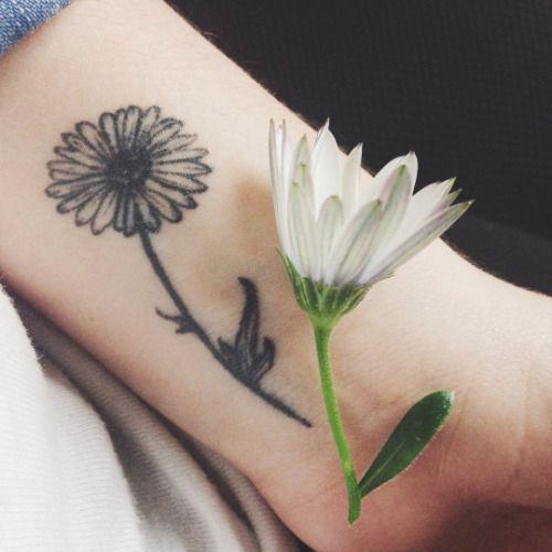 ... wrist tattoo tattoo daisy daisies tattoo tattoo mam small daisy