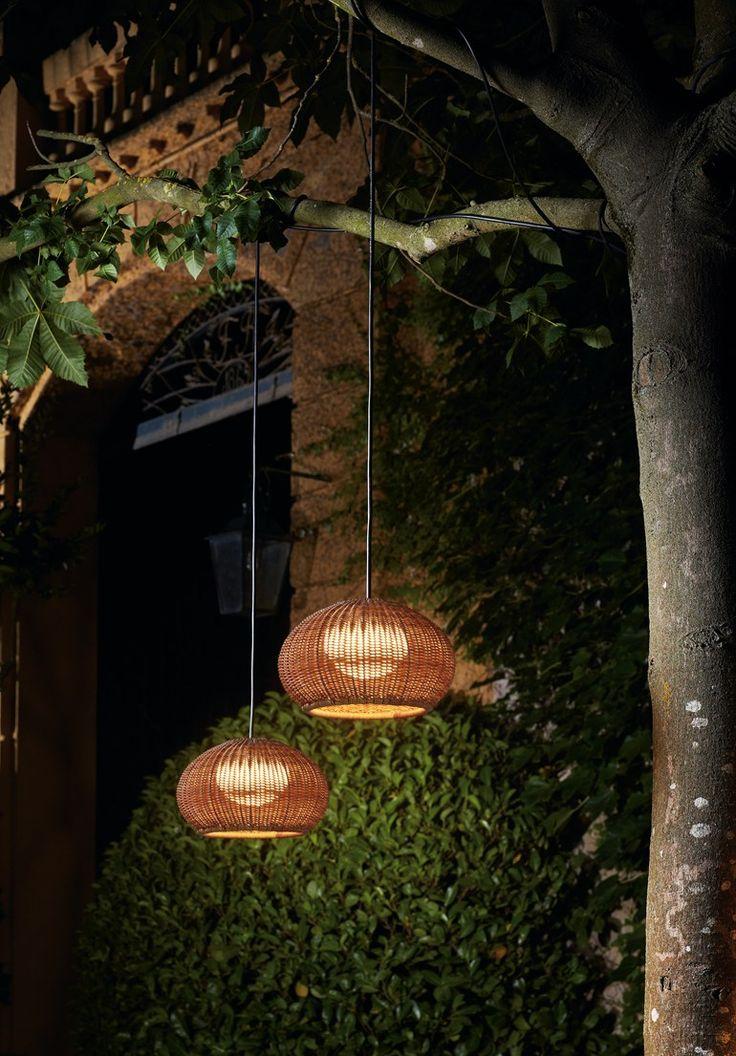 Lampada a sospensione per esterno a LED in polietilene