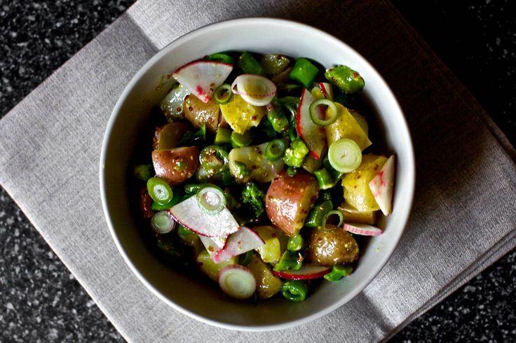 Оригинальная идея весеннего салата!  Попробуйте!   #рецепты #салаты #рецептсалата