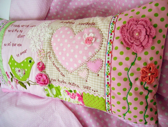 sweet pillow... by Fotos de Samariquinha- Micheline Matos, via Flickr