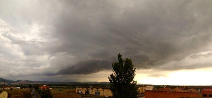 La furia del cielo: Tormenta de verano en Mendavia