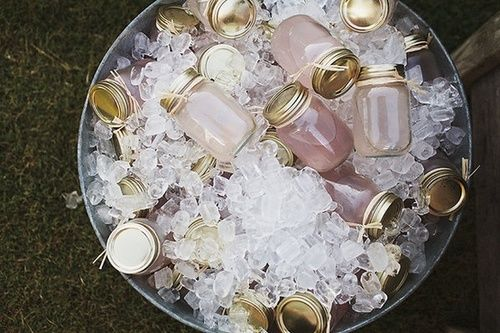 Pre-mixed mason jar drinks - best idea EVER!