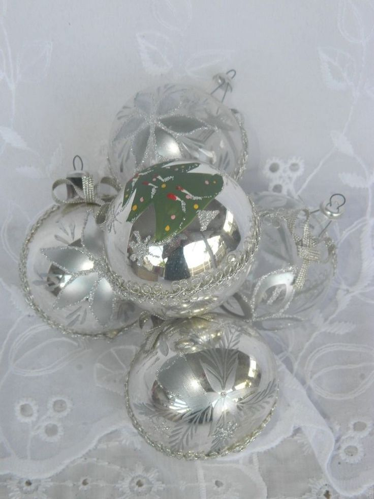 5 vintage silver clear glass christmas tree ornaments Vintage glass christmas tree ornaments